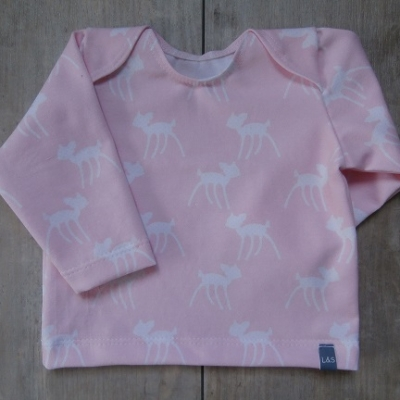 Picture of roze shirt Hertje maat 50